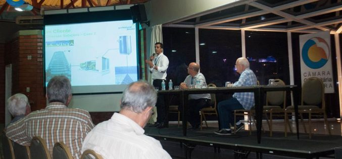Palestra sobre economia de energia nos condomínios